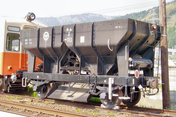 北陸鉄道ホム1